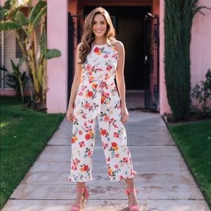 NEW Gal Meets Glam Beverly Floral Cropped Jumpsuit